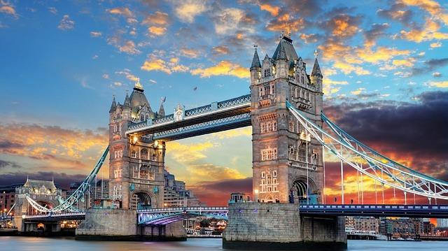 Wyjazd do Anglii - jaki środek transportu wybrać?