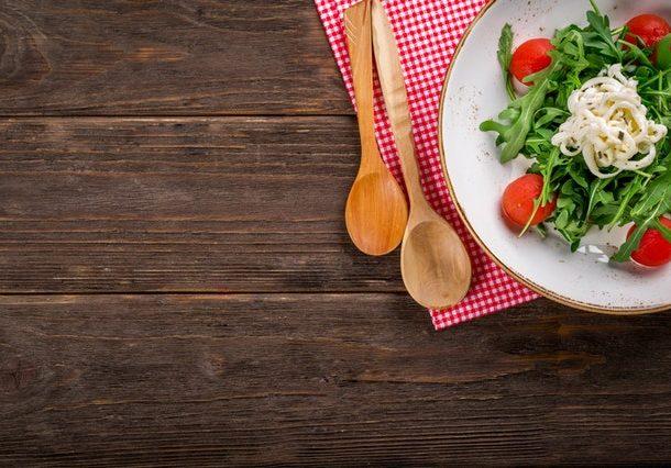 Dieta ketogeniczna. Szybki sposób na odchudznaie czy niezdrowa dieta cud?